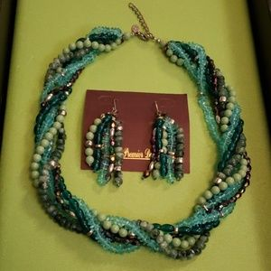 """Premier Designs """"Waterfall"""" necklace and earrings"""